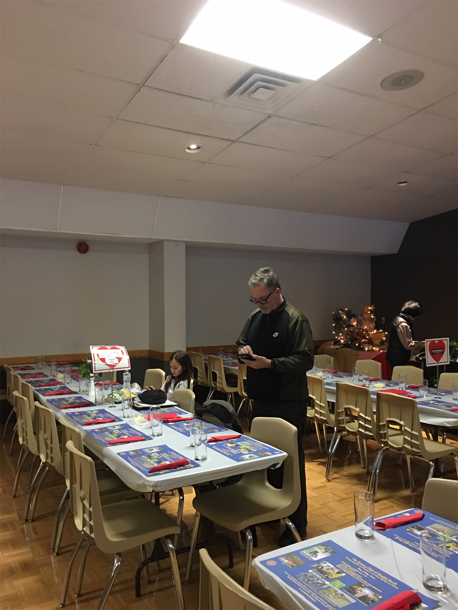 Geoff setting up the tables for our guests