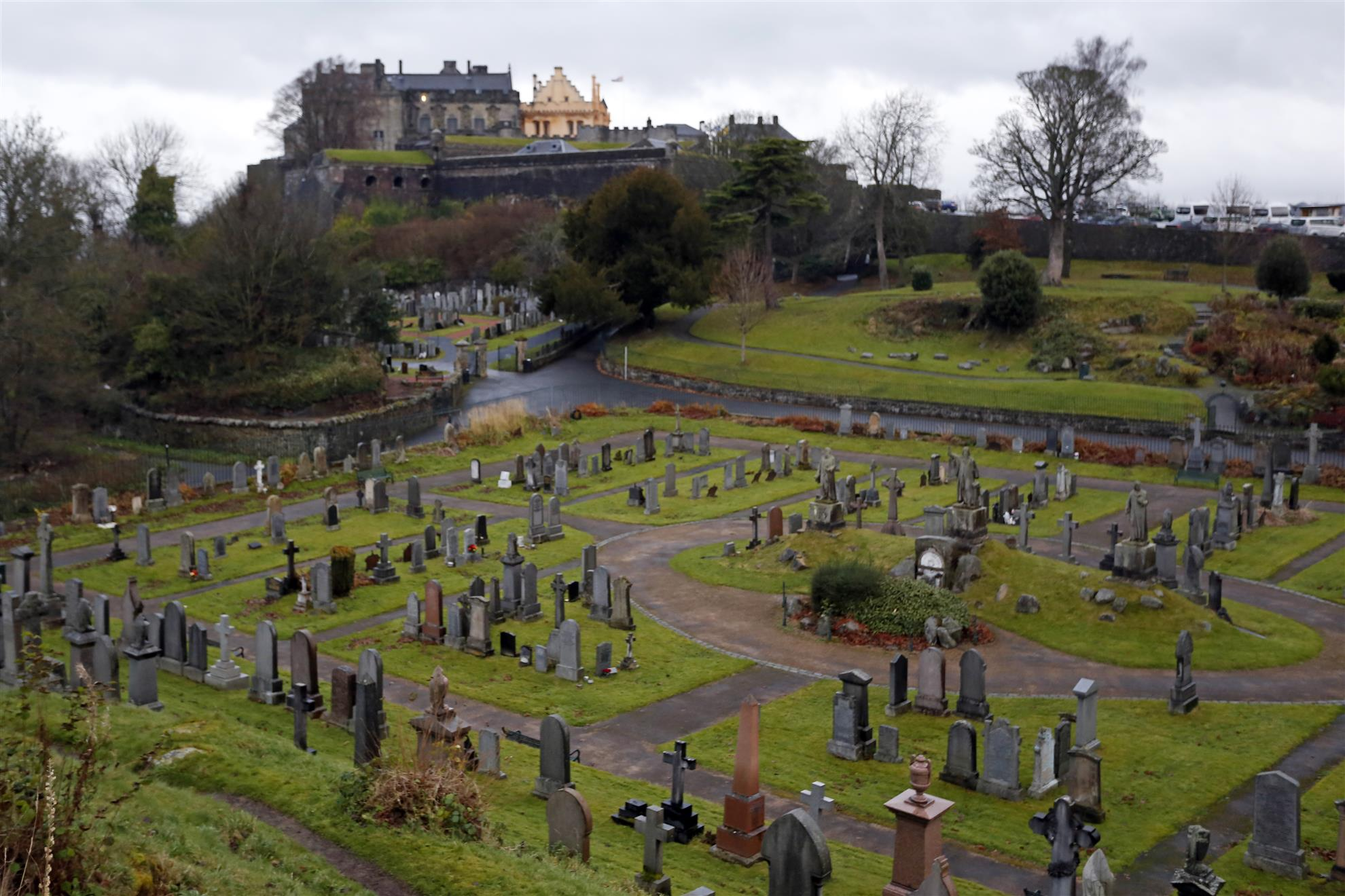 Stirling Castle, above its graveyard