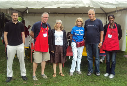 Volunteers from Rotary Club of Hamilton AM