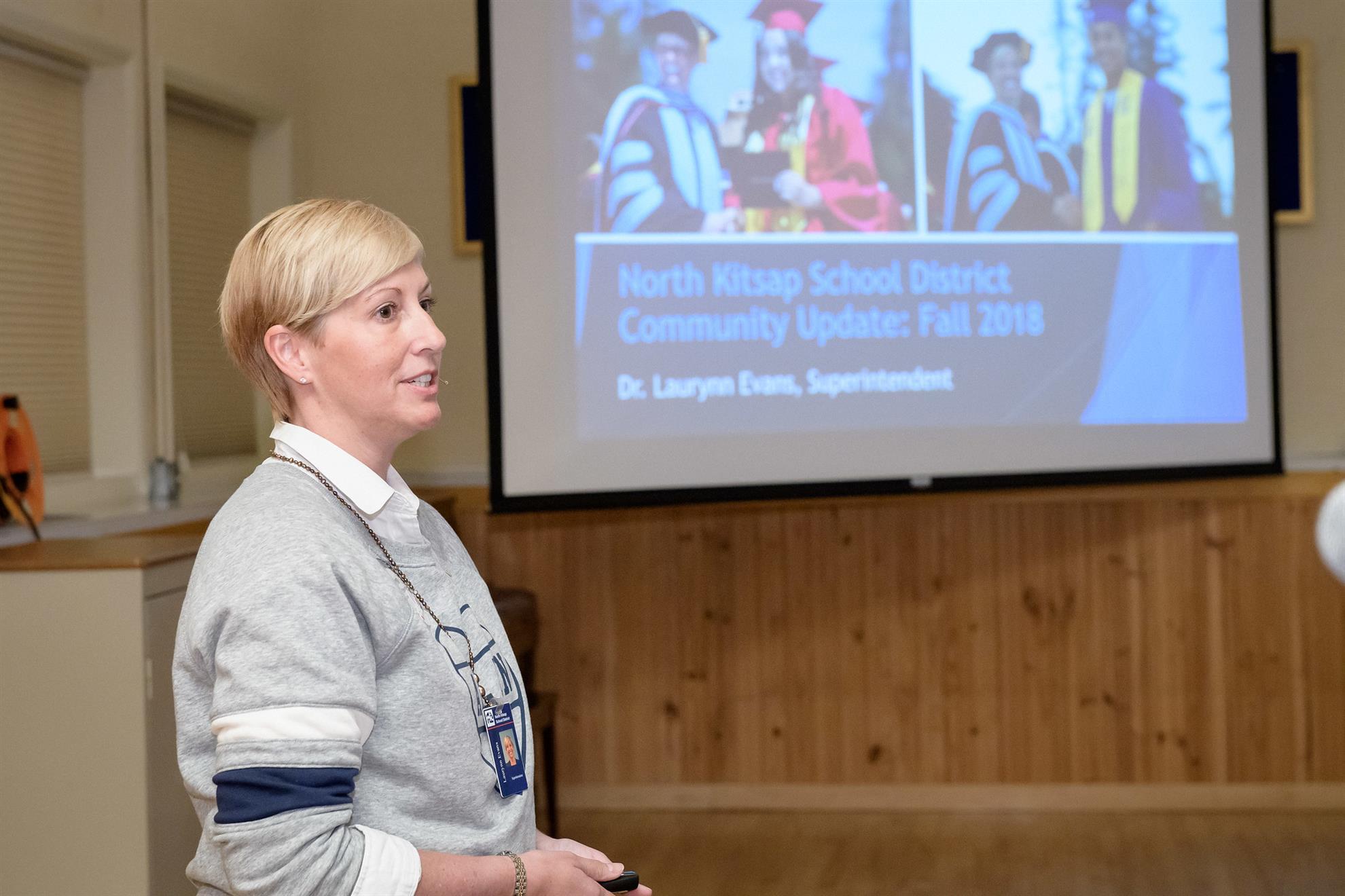 Dr Lauralynn Evans