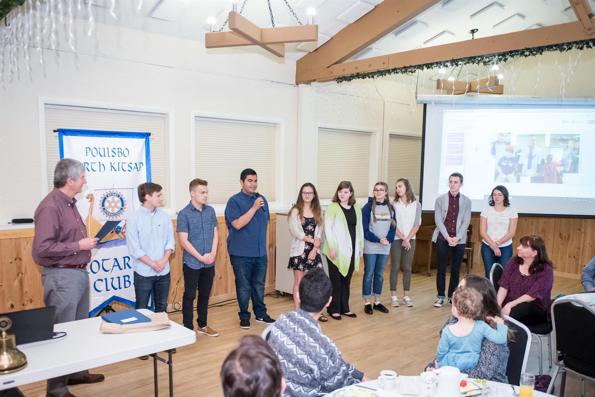 Bob Hawkinson presents youth scholarships