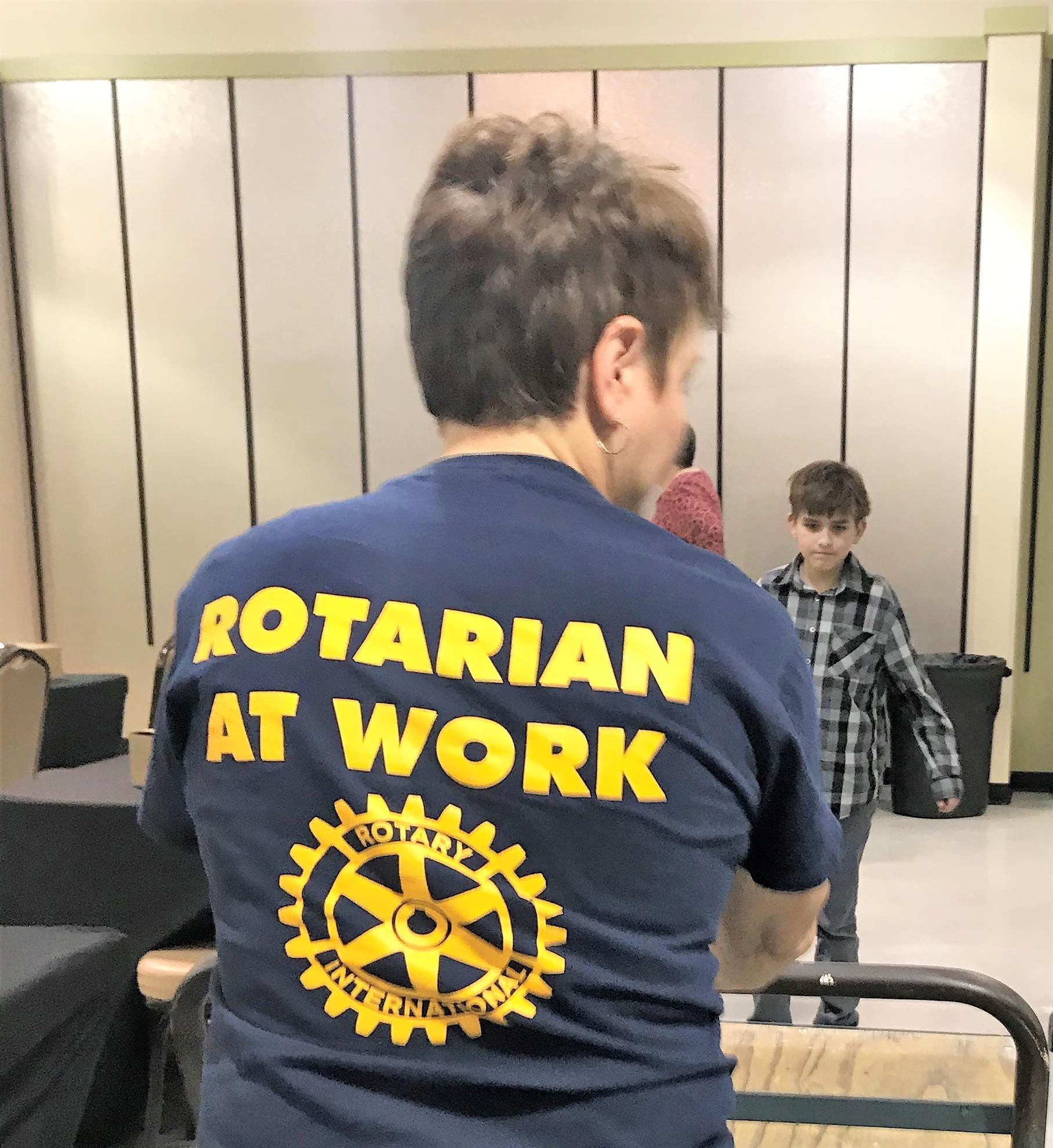 c03cbc778 Rotarian Erin Leedham (inset), Manager of the Kitsap Mall, worked  tirelessly throughout the entire event, ...