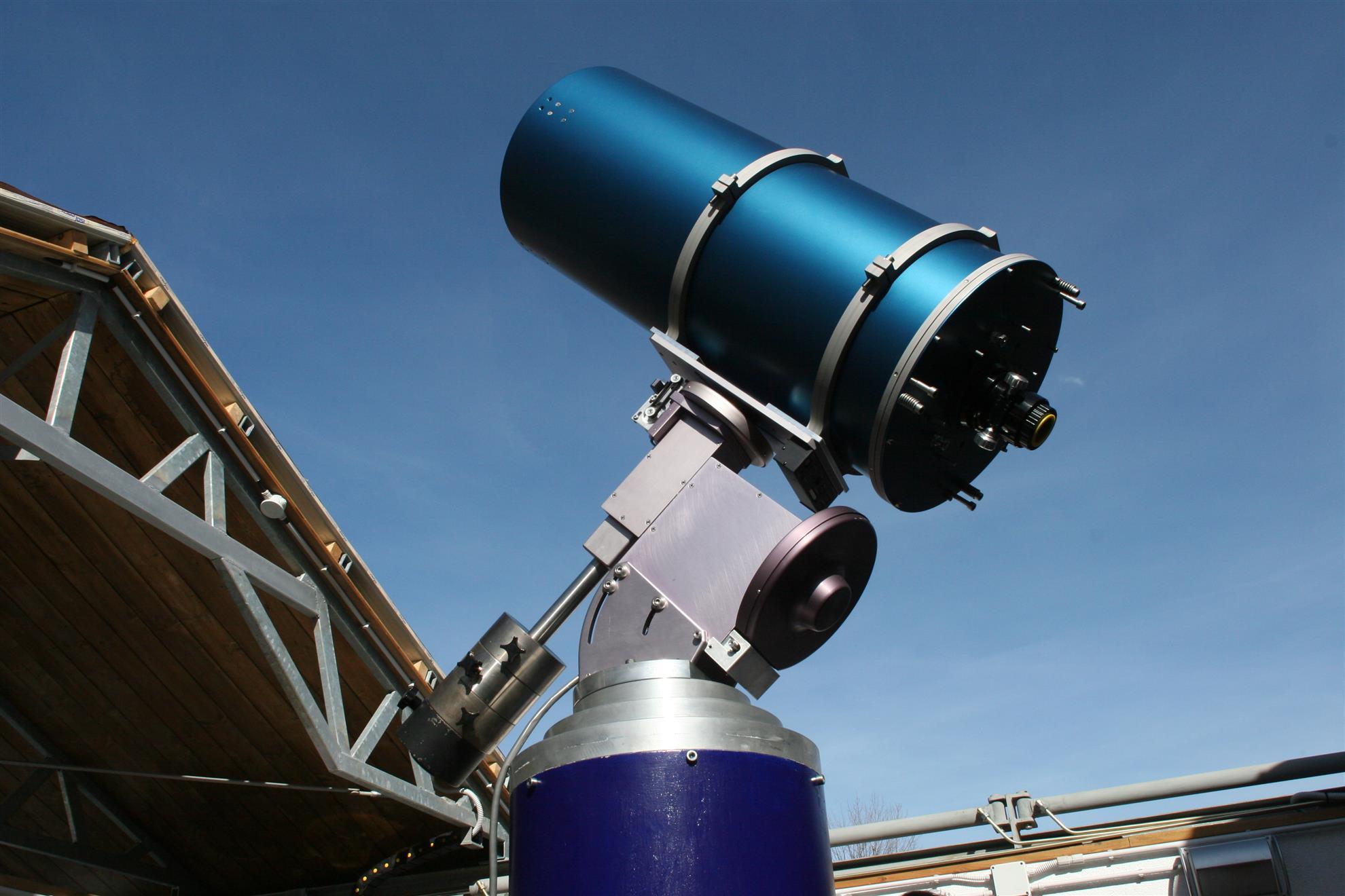 <telescopio.jpg>
