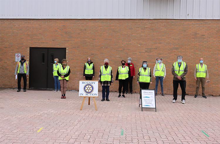 Rotarian Vaccination Volunteers