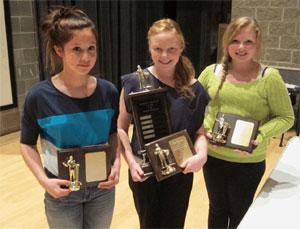 L-R Victoria Kelly, Sara Robinson, Bella Shields