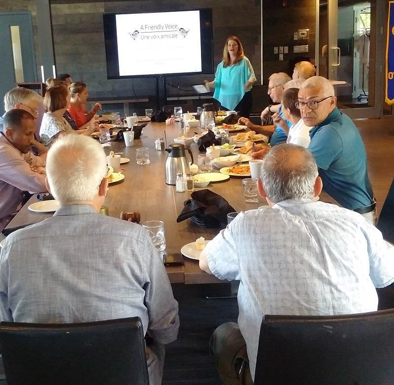 Kelly Dumas talks to teh Rotary Club of Ottawa South_2