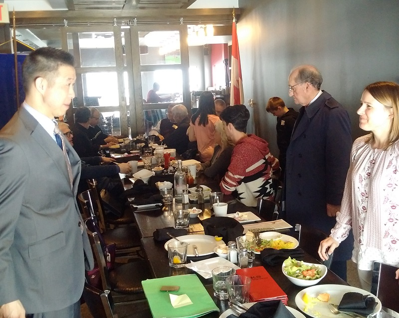 Members of Rotary Club of Ottawa South enjoy lunch.