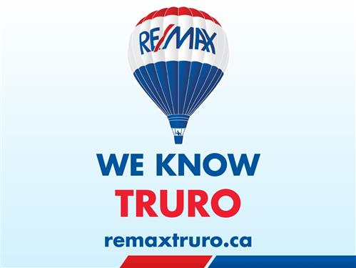 RE/MAX Fairlane Realty