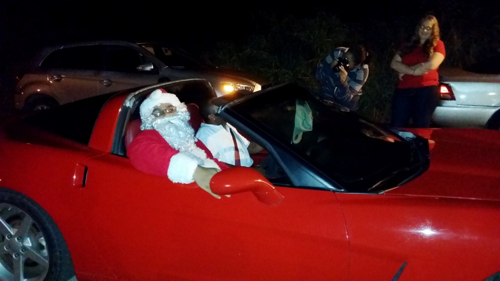 Santa arrives in Style