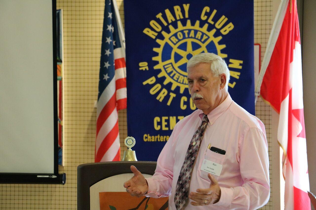 Ron Goyette presenting the Starfish Pack Program