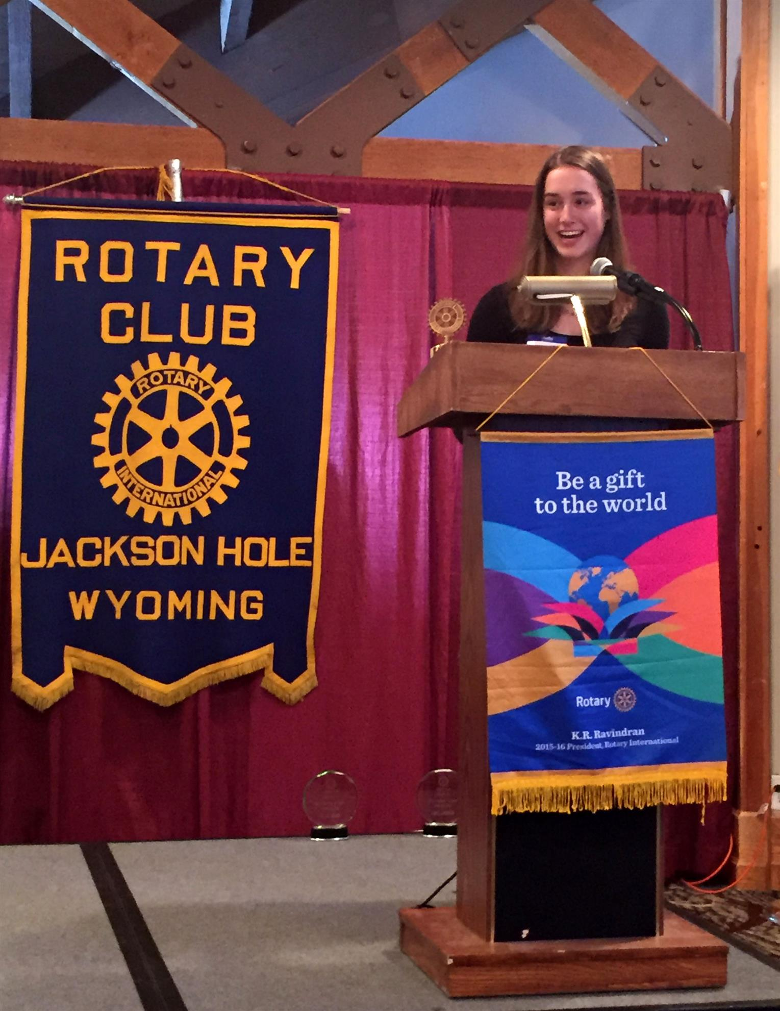 Jackson Hole Community School Outstanding Student; Winter 2016; Ellie Dunn