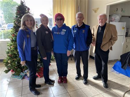 Senior Basket Giving Event! 12/17/19