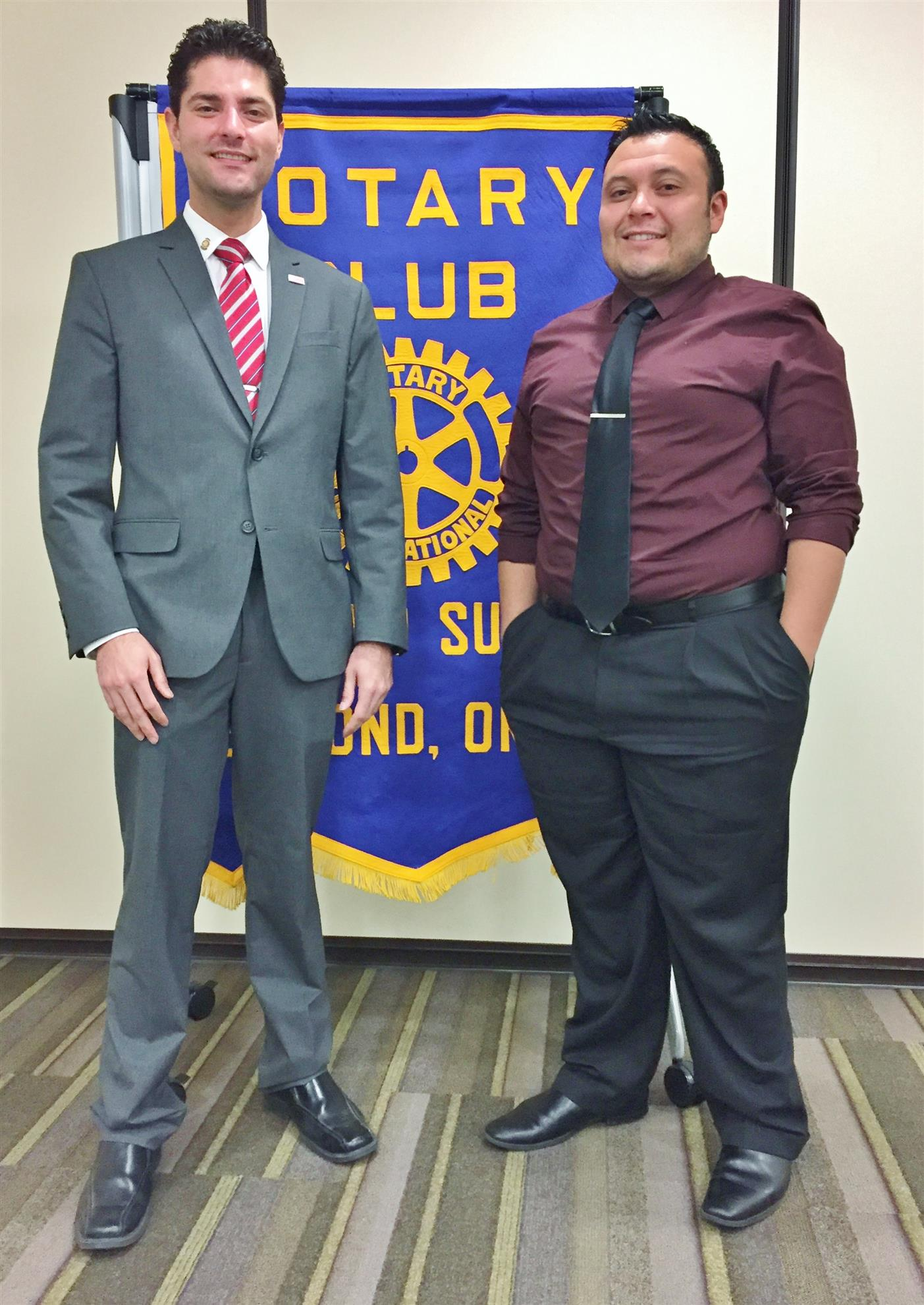 Stories edmond summit rotary club 51552 club president koorosh zahrai left introduced enrique ruiz with altered concepts media as the guest speaker at the october 10th meeting fandeluxe Image collections