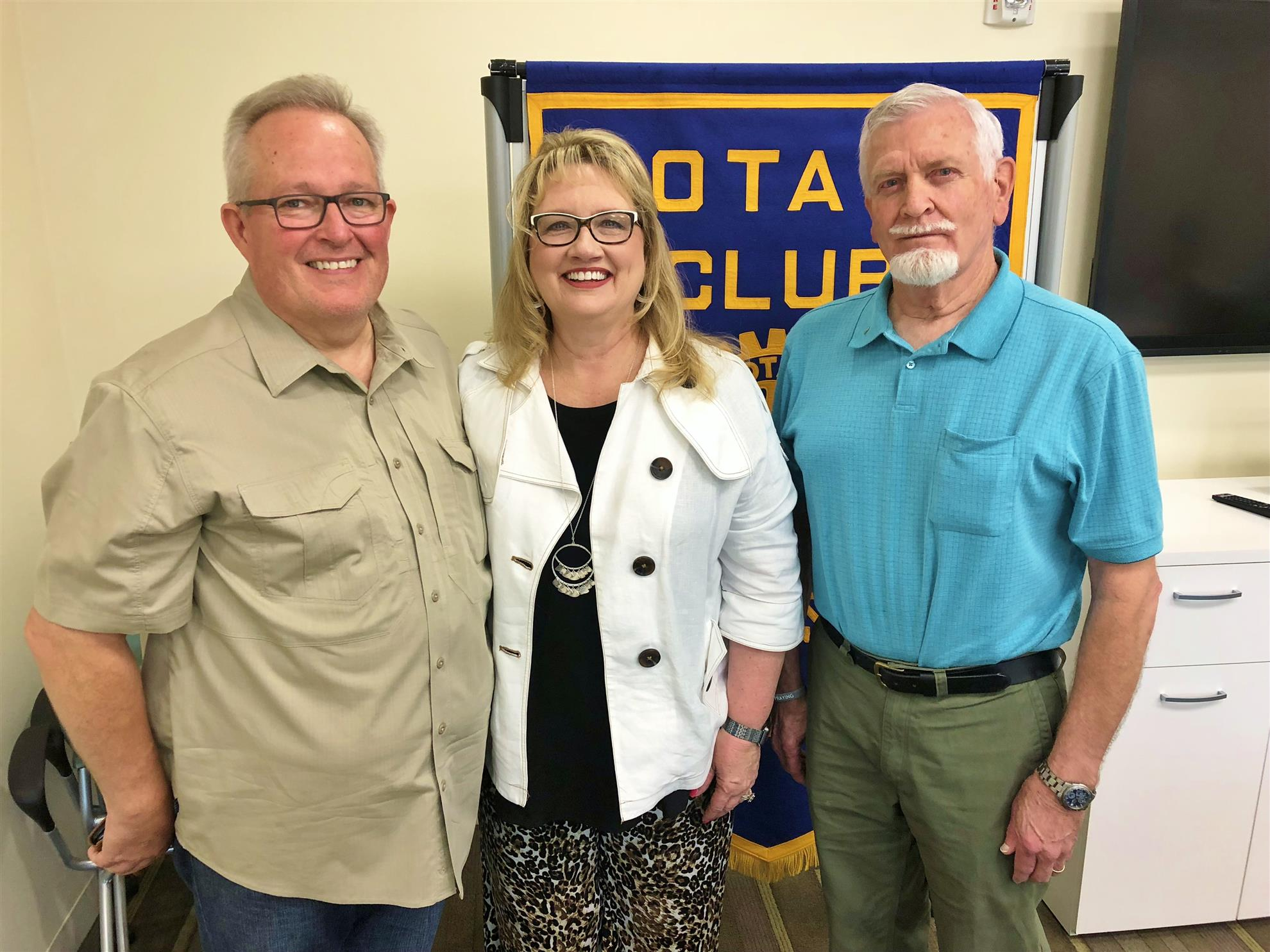 5c97f35330a Larry and Tamara Rhoads at left were the guest program speakers of Rotarian  of the day