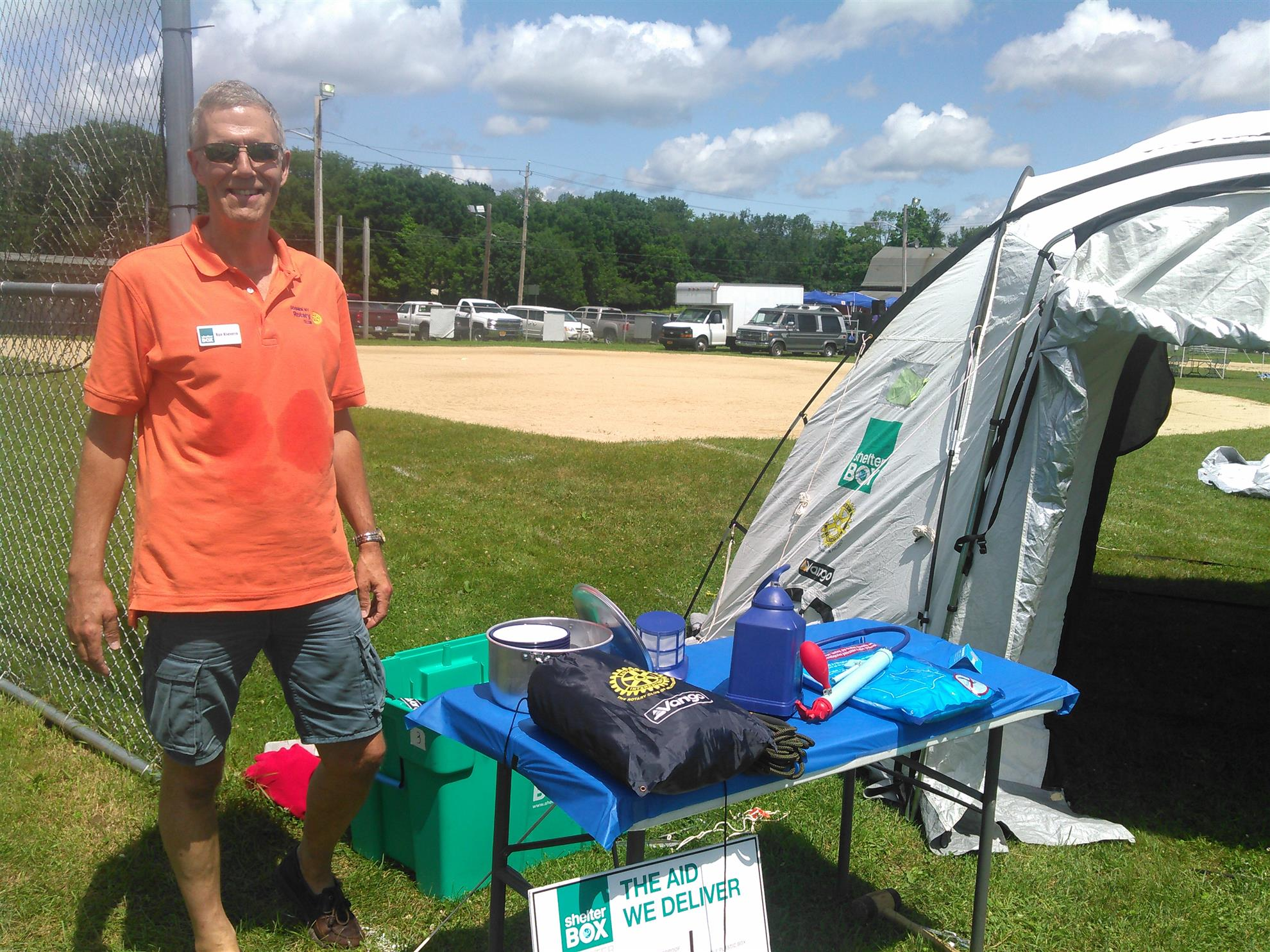 Ron w/ShelterBox Kit at Mt. Hope Comm. Day