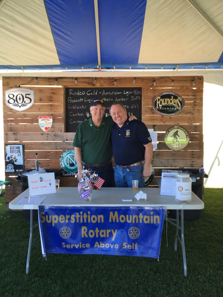 Stories Rotary Club Of Superstition Mountain Rodeo Bundling 5 Abu S Third To The Volunteers Who Sold Beer Ed Shockley And Harvey Clark Both Above Tracey Yamamoto Warren Salinger Ben Fellows Cassandra