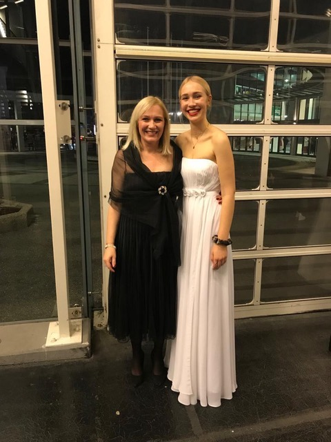 "1ed45c66ef0 They did a hike in Dolomites National Park together. Also attached is a  picture of Zoe and her mother from Zoe s school ""prom."""