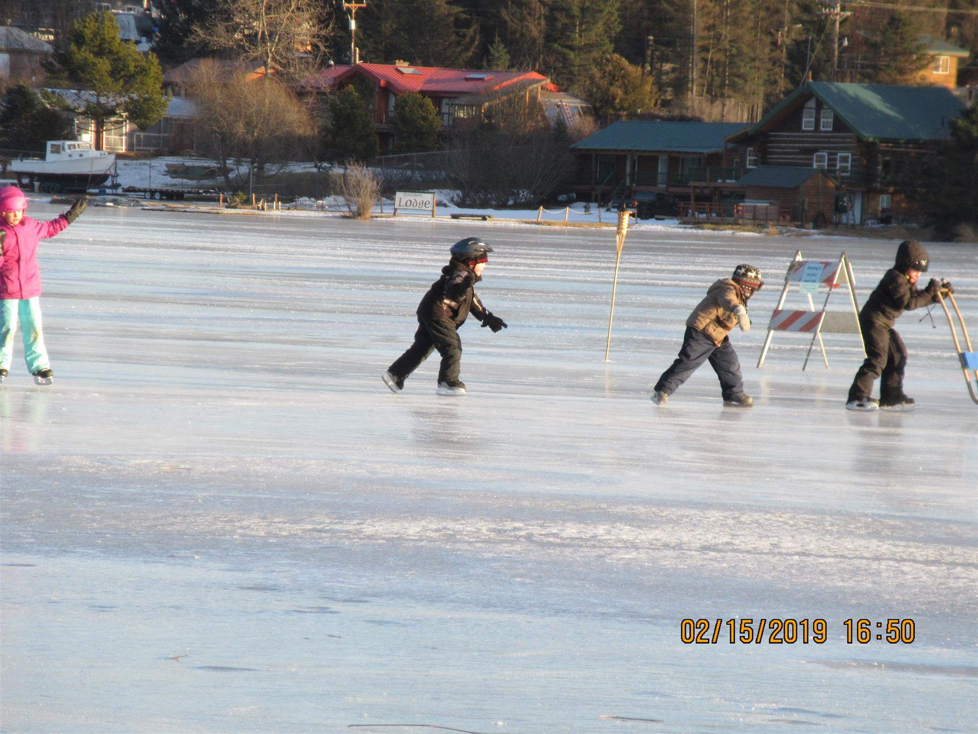... co-sponsored Community Ice Skating event at Ben Walters Park on Friday e6f5aa55ef9