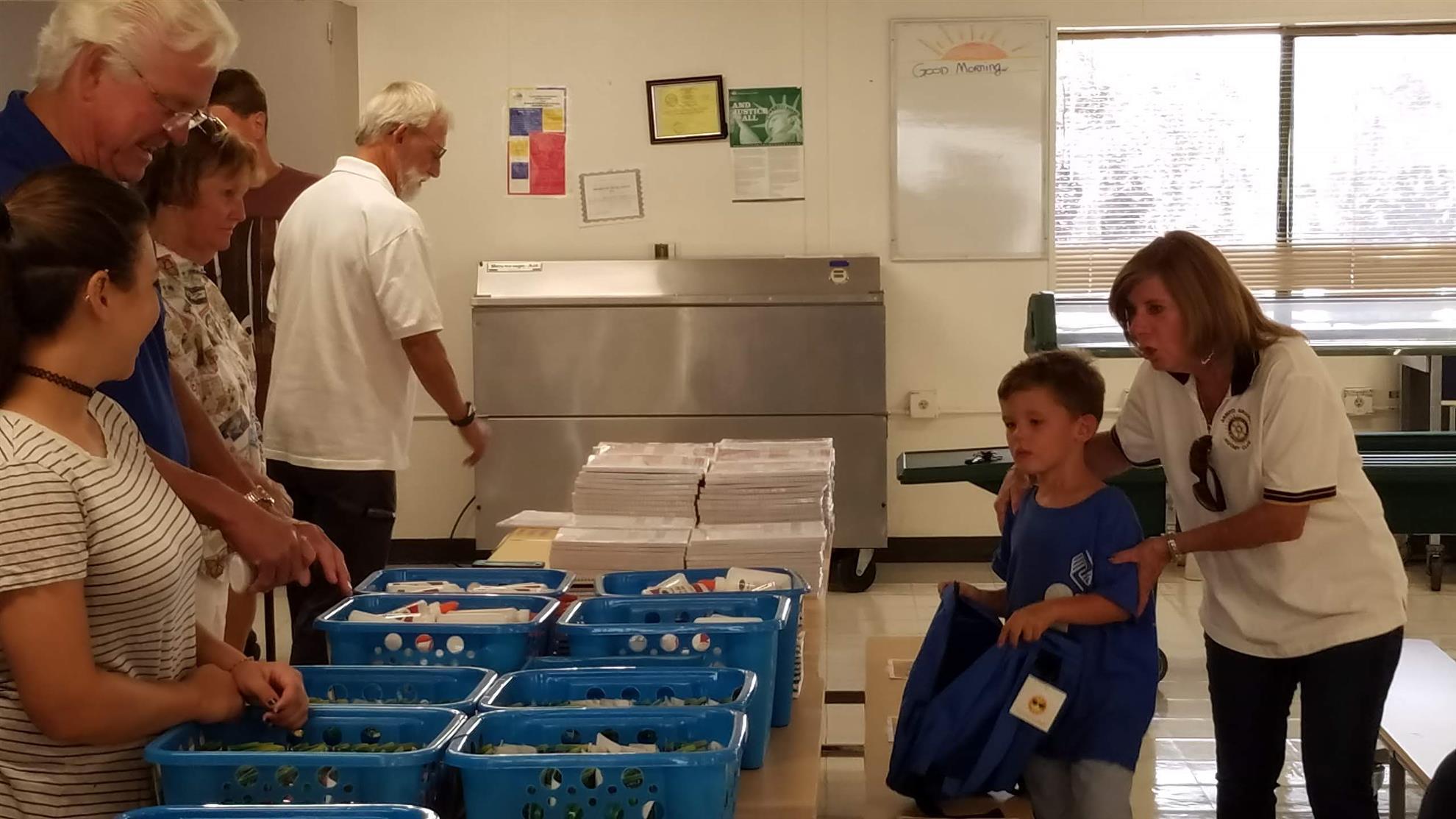 Arroyo Grande members help fill backpacks