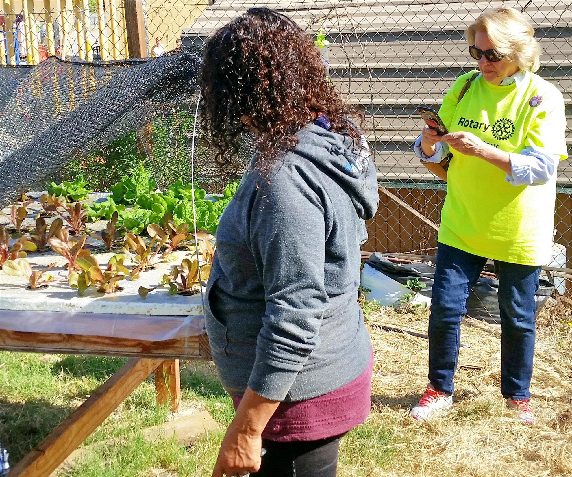 Barbara and Lori hydroponic gardening
