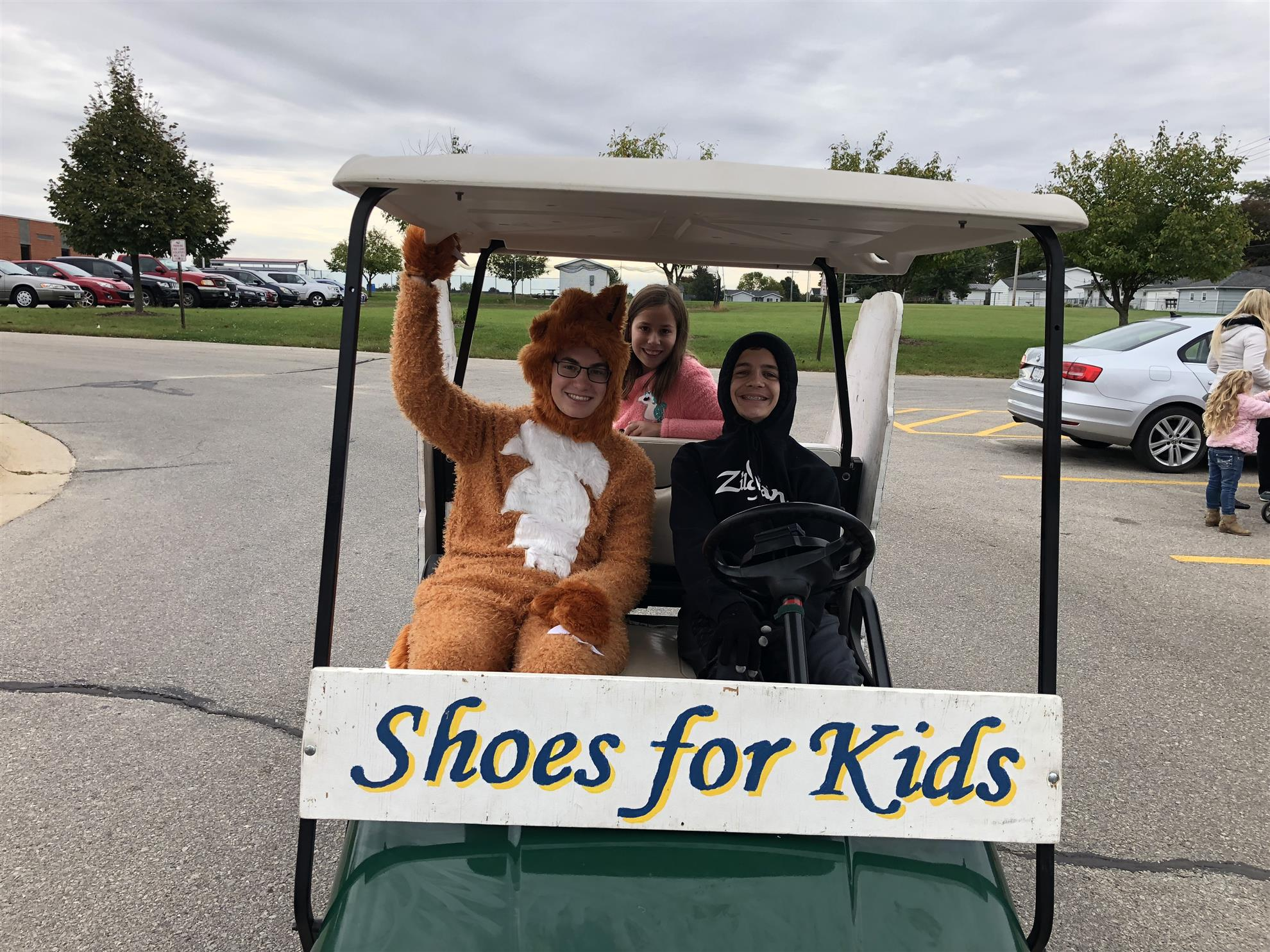 While Weather Was Threatening And Workers Were Few Marion East Cedar Rapids Rotary Its Shoes For Kids Project Again Represented In The 2018 Swamp