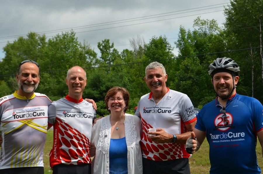 Bonnie flanked by grateful riders