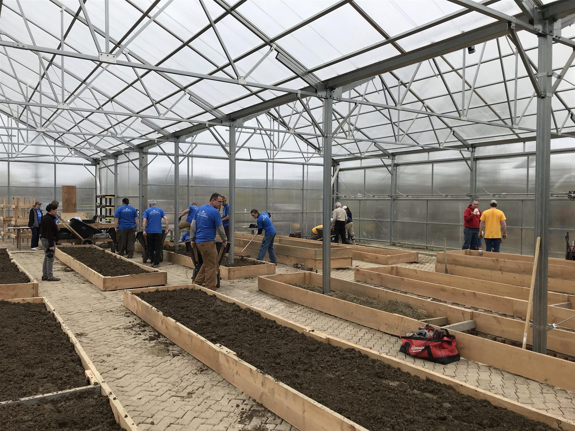 Comcast Cares Day at Educational Greenhouse