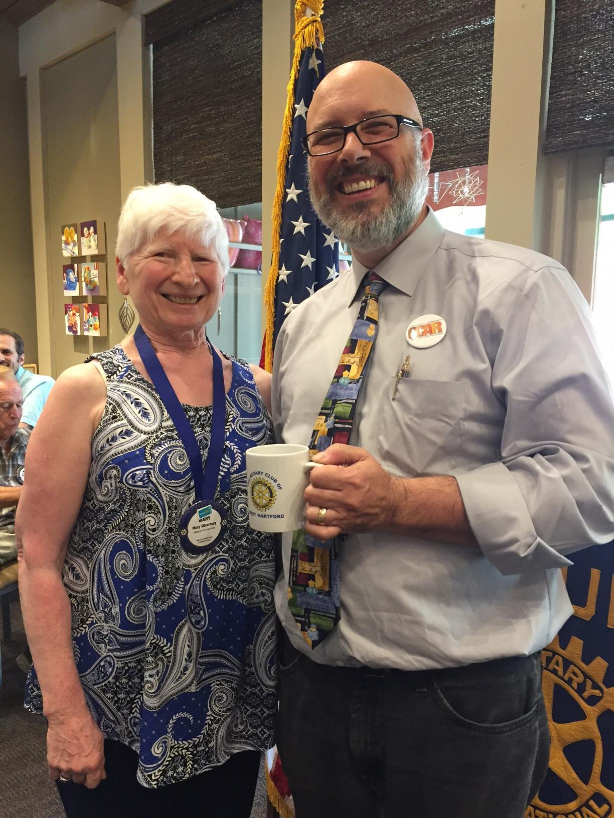 Stories Rotary Club Of West Hartford Andrew Smith Brown Jeans Cokelat 33 Rotarian And Speaker Chair Mary Silverberg With Guest Conrad Sienkiewicz Volunteer Manager From Connecticut Community For Addiction Recovery Ccar