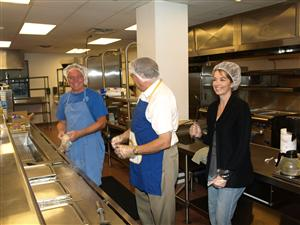 Maywood Club provides meal at the Bergen County Homeless