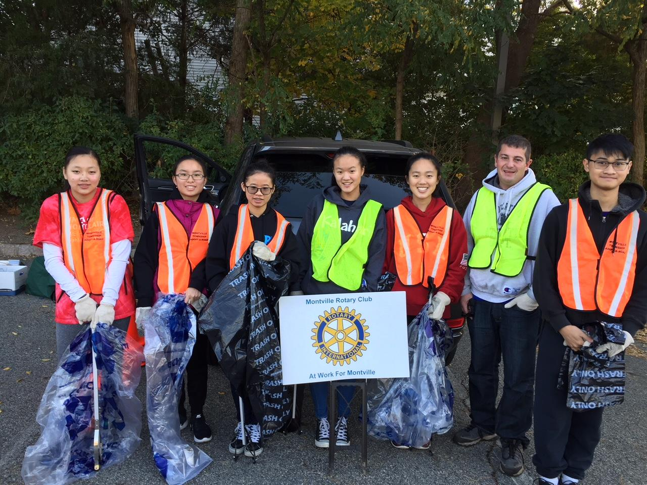 Road Clean up with Interact students from MTHS | Montville