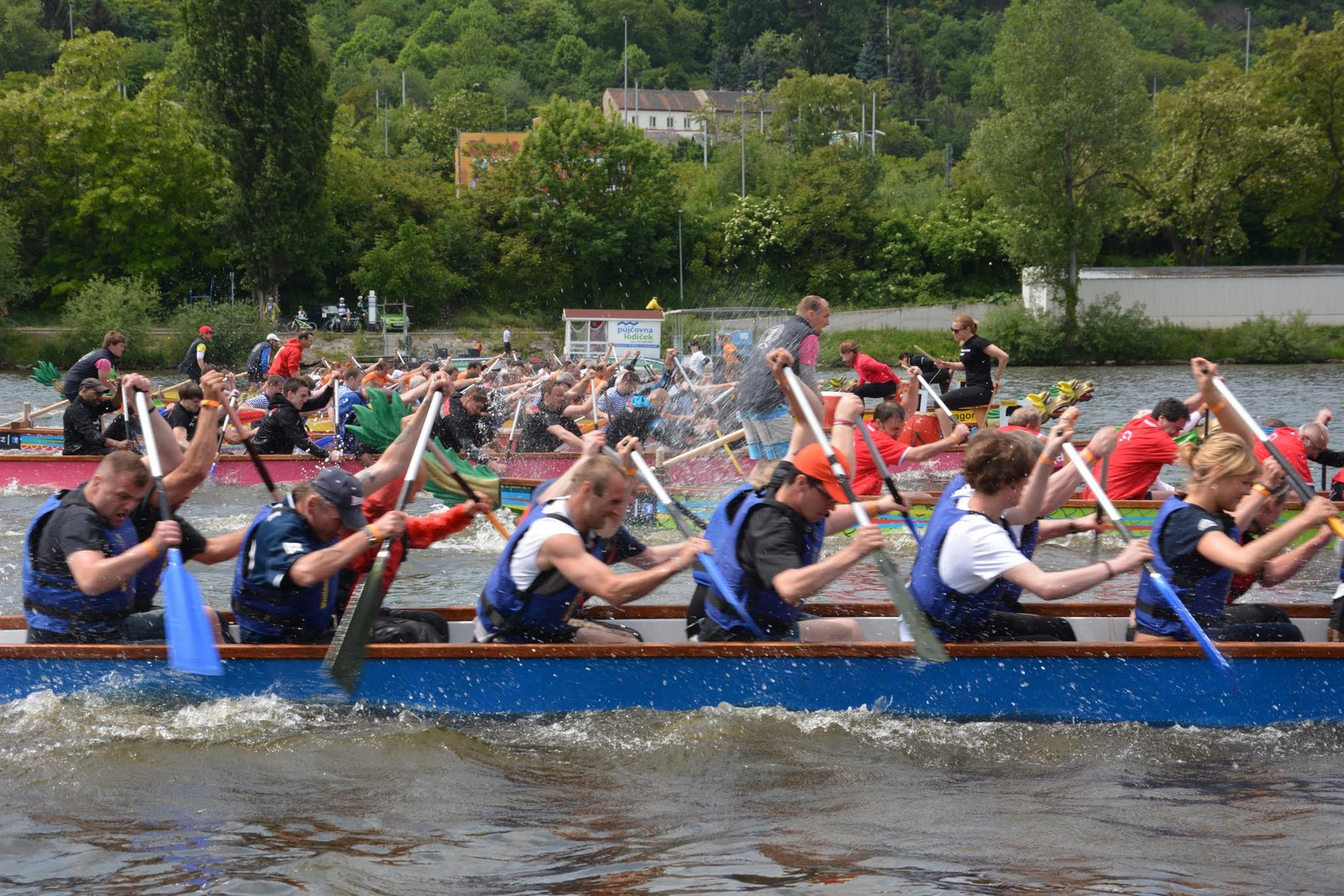 The 2018 Rotary Dragon Boat Charity Challenge is OPEN! | Rotary Club ...