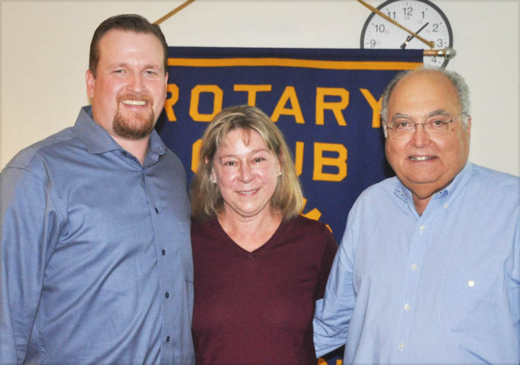 Shemale fucking guys barebacked and creampied