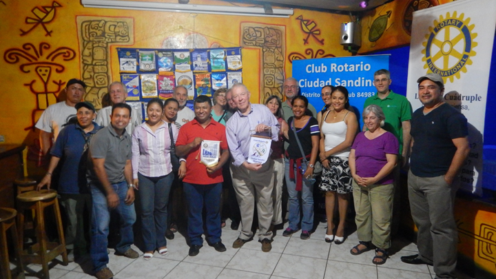 VISIT TO ROTARY CLUB CIUDAD SANDINO