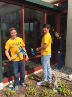 The Archbold High School FCCLA Service Club Recently Went To The Ronald  McDonald House In Toledo To Help With Cleaning Inside And Out As Well As Do  Some ...
