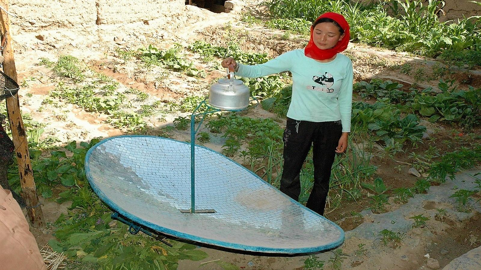 Solar Cookers in Qinghai