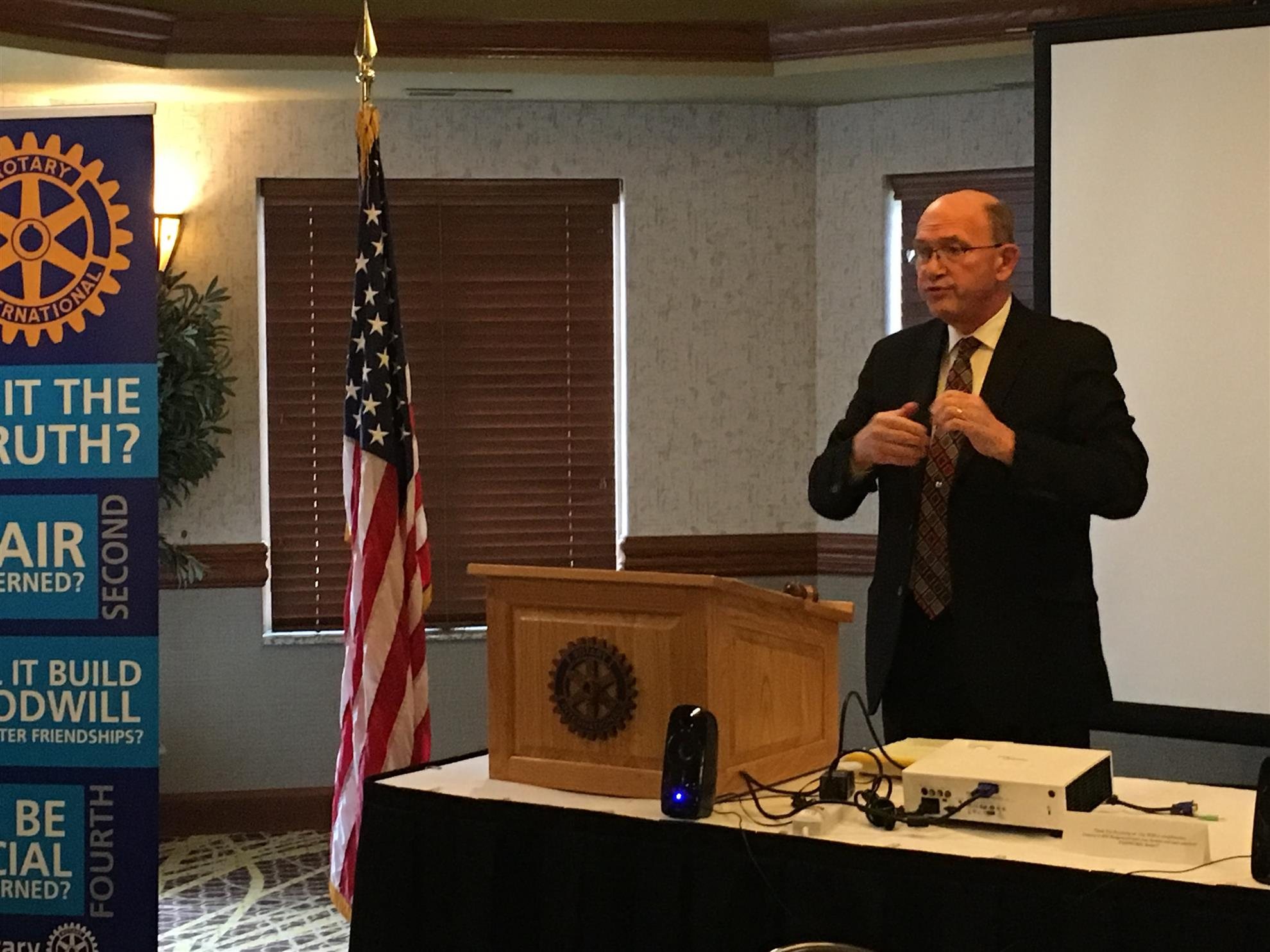 Fox Cities Morning Rotary Club Speaker Howard Healy