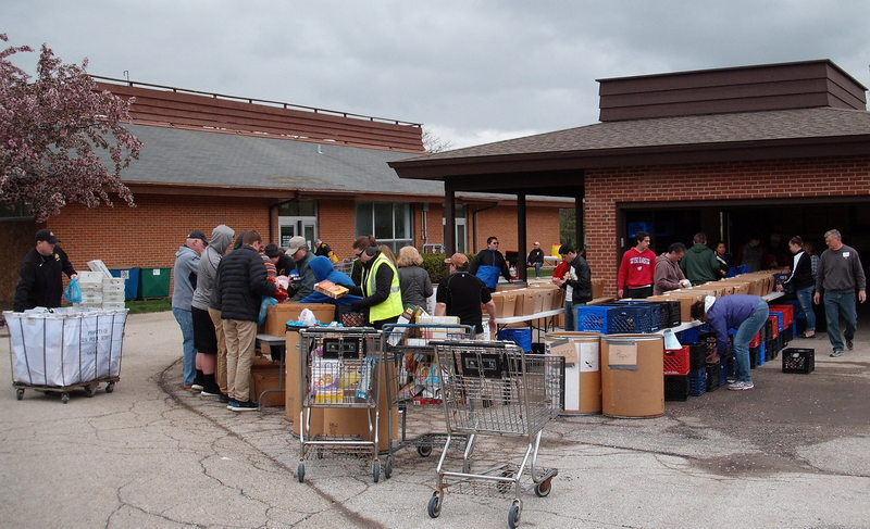 Rotary Club of New Berlin, New Berlin Rotary, New Berlin Food Pantry