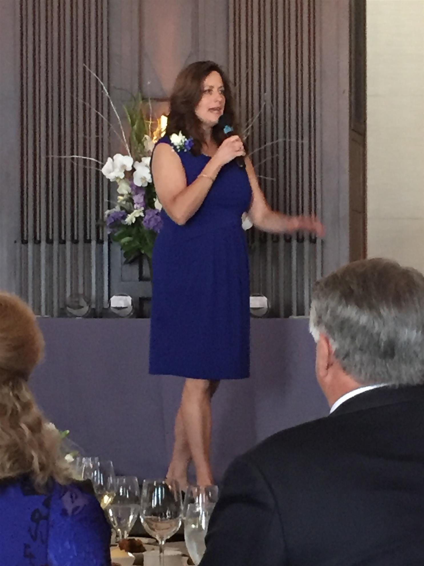 Keynote Speaker Jennifer Barr