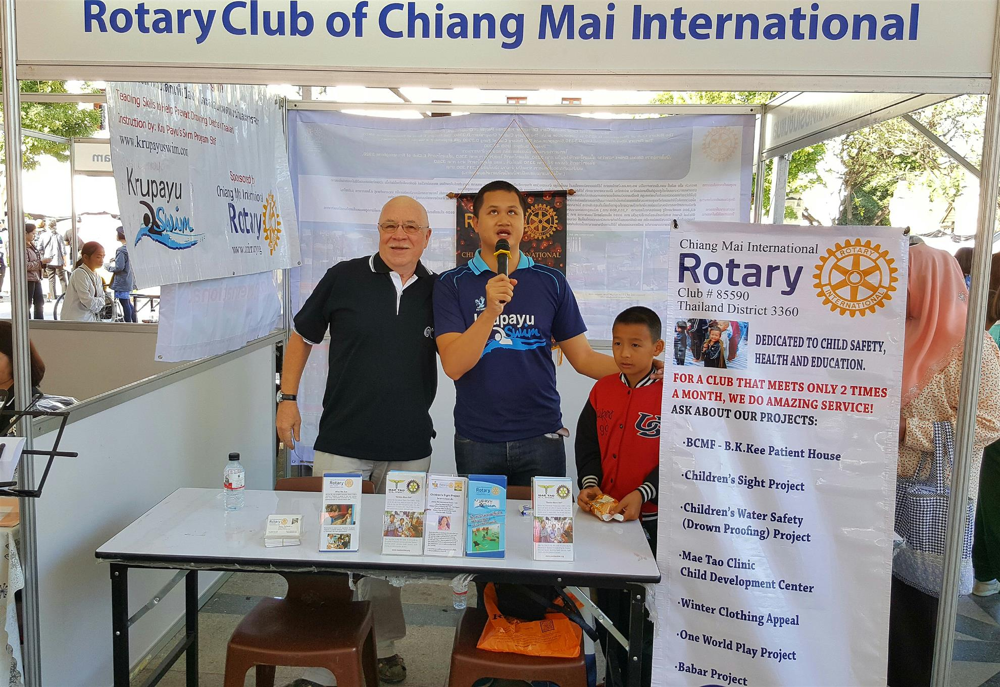 There Were 19 Rotary Clubs In Chiang Mai Province Joining The Event, As  Follows;