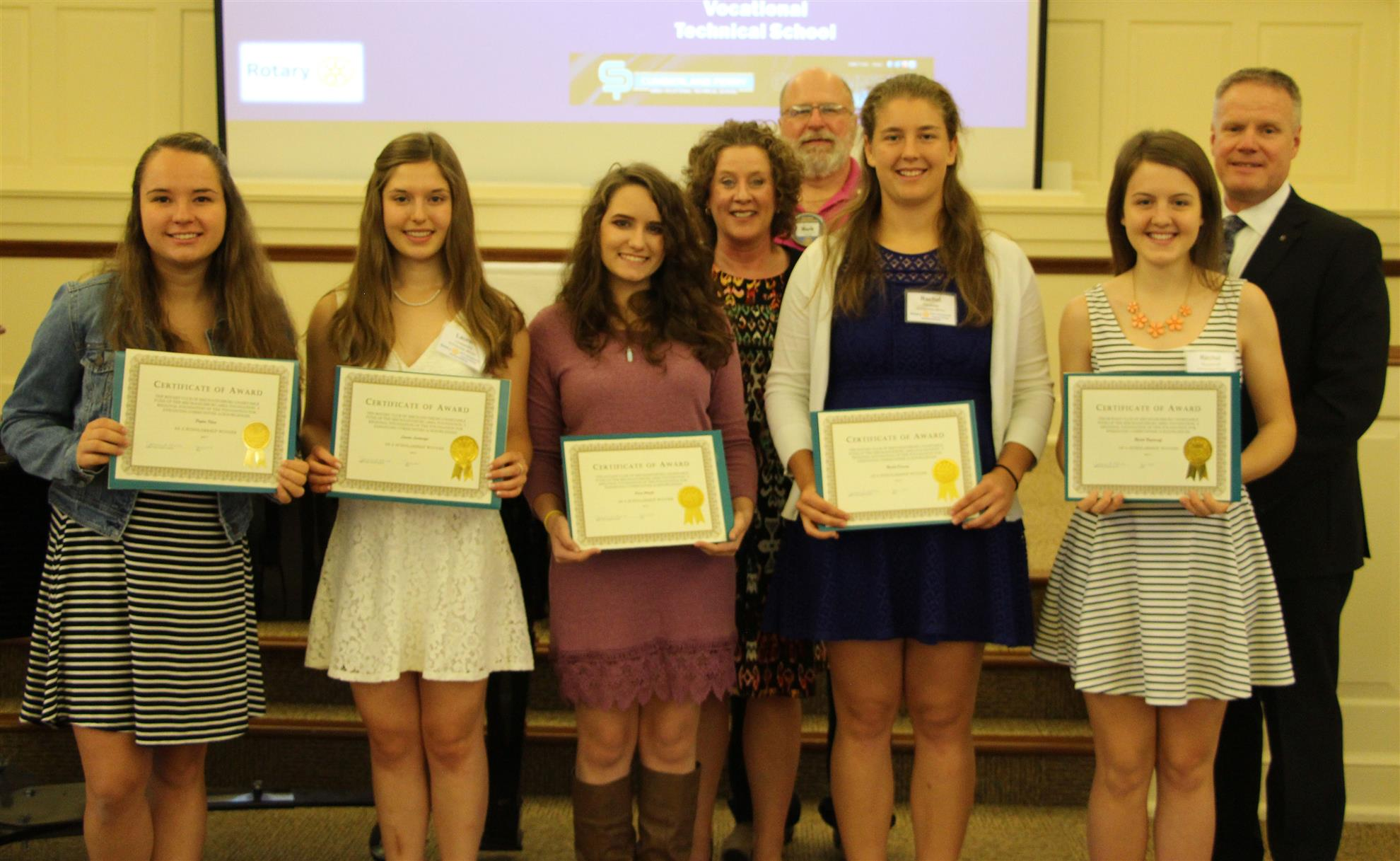 Club Awards $10,000 in Scholarships | Rotary Club of