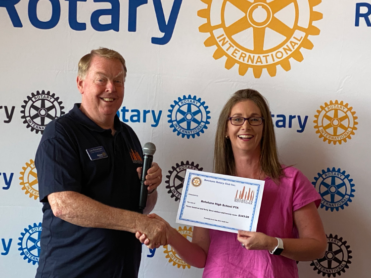 Rototuna Rotary donates to Rototuna High School