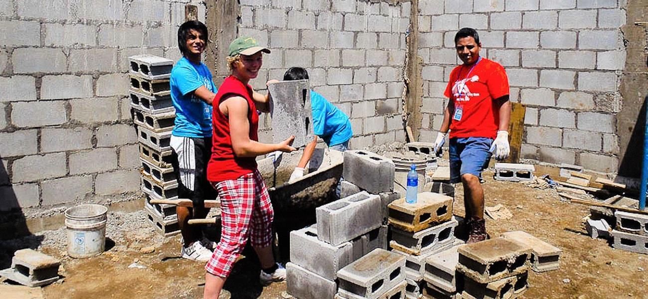 Rotarians-Build-A-Peaceful-World.jpg