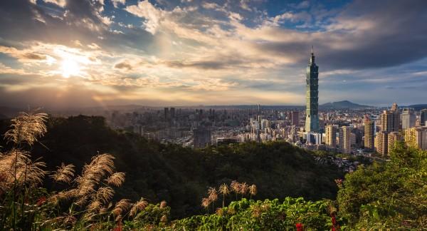 https://clubrunner.blob.core.windows.net/00000050005/Images/2020-2021/Taipei-mail.jpg