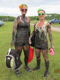 Dauphine-Mud-Run-participants