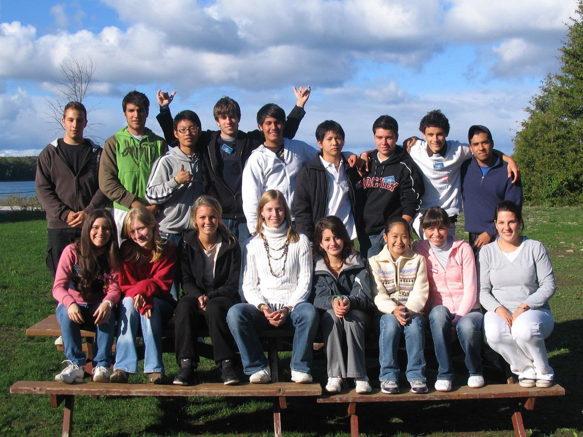 Photo of Inbound exchange students hosted by District 6330