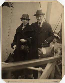 Jean and Paul Harris board a ship after visiting Rotary members in Bermuda, 1925.