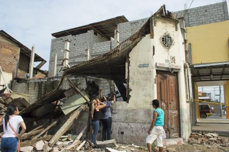 Deadly earthquake strikes in Ecuador
