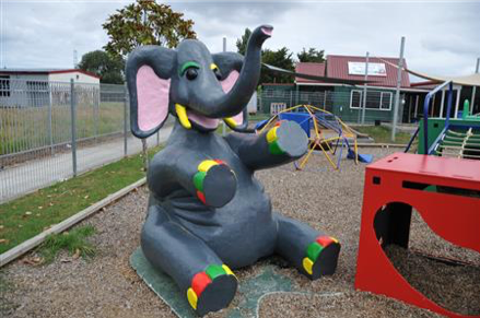 9874c227306f8 Our club was approached to paint a concrete elephant, for a Pre School  located in Otara. It so turned out he/she was fibreglass.