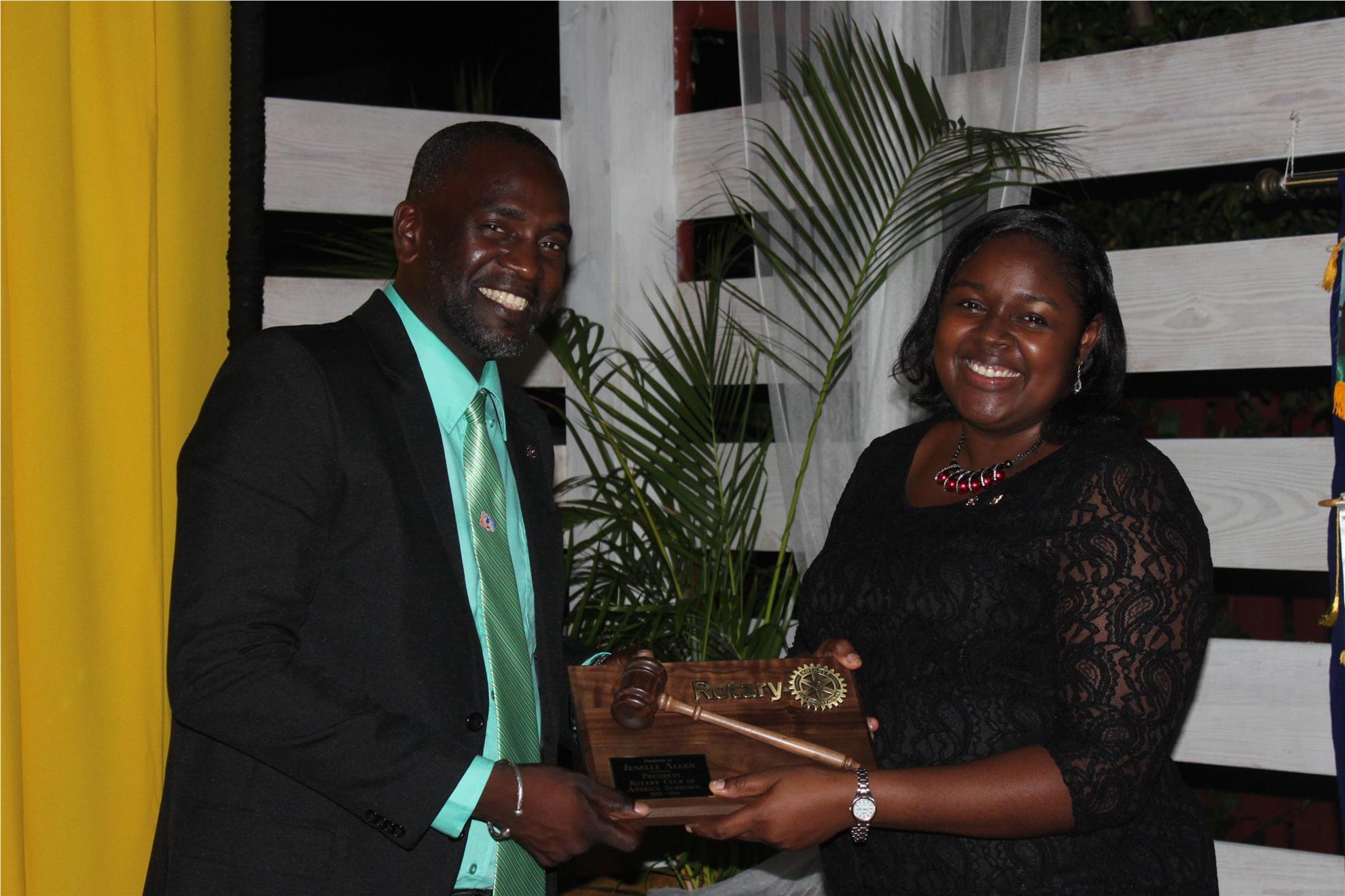 2016 RC Antigua Sundown Handover