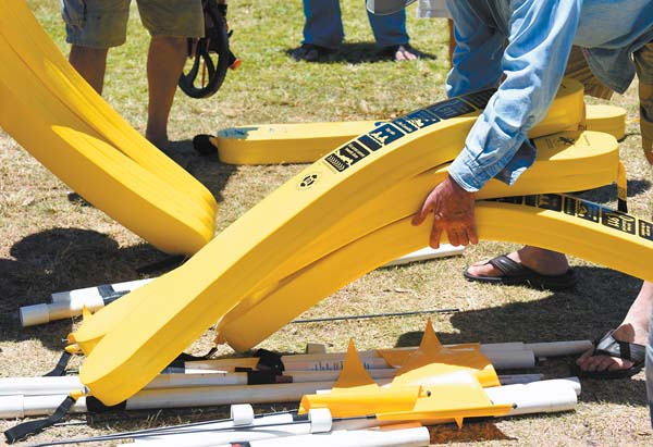 Rotary clubs bring more rescue tubes to Maui west side